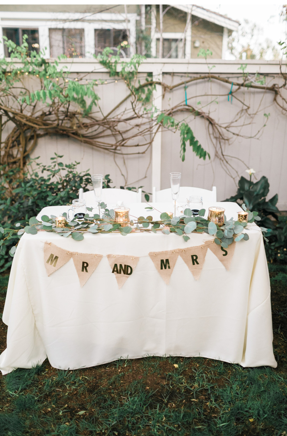 Natalie-Schutt-Photography-Backyard-Wedding-_04.jpg