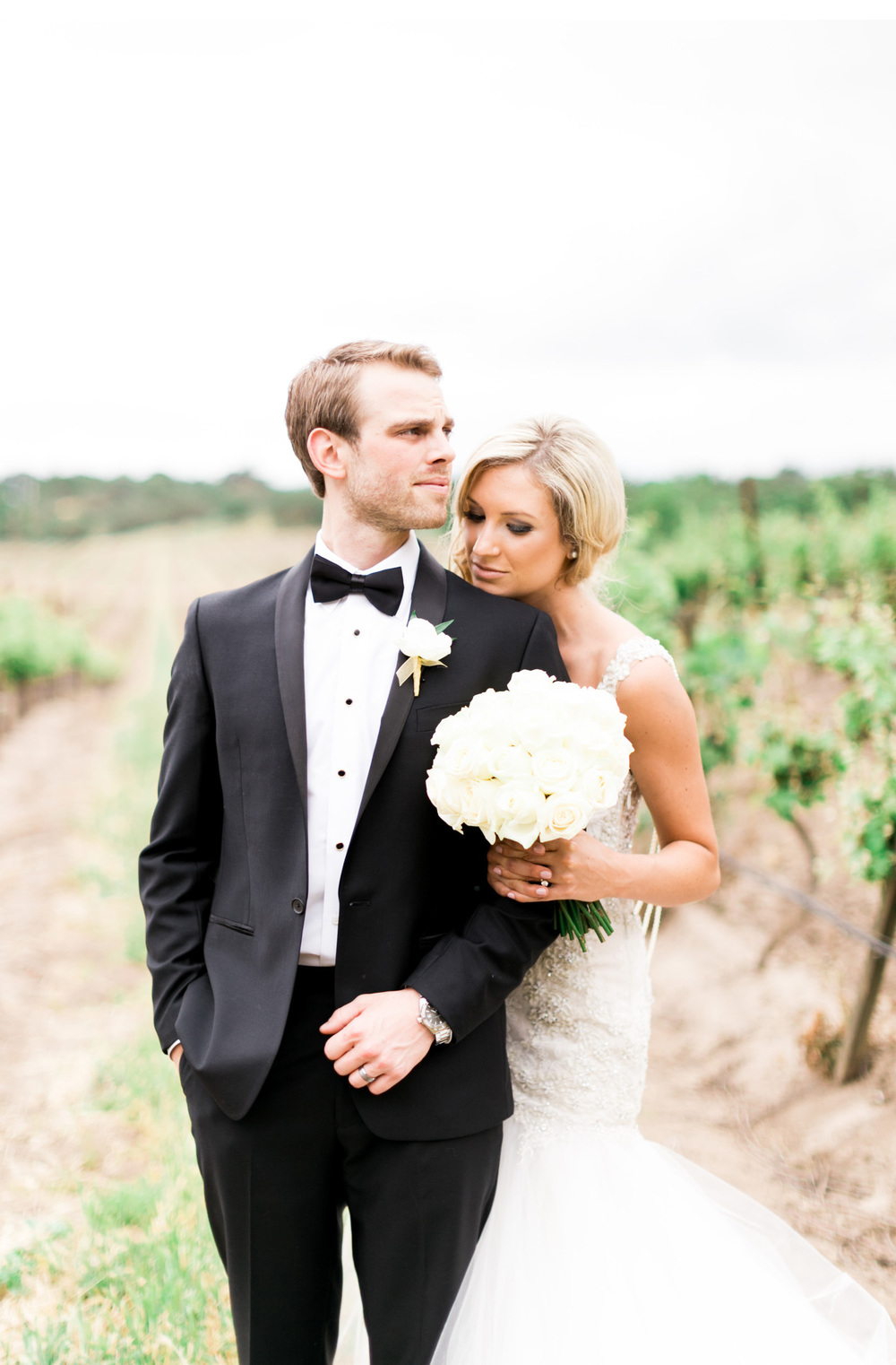 Style-Me-Pretty-Vineyard-Wedding-Natalie-Schutt-Photography_10.jpg