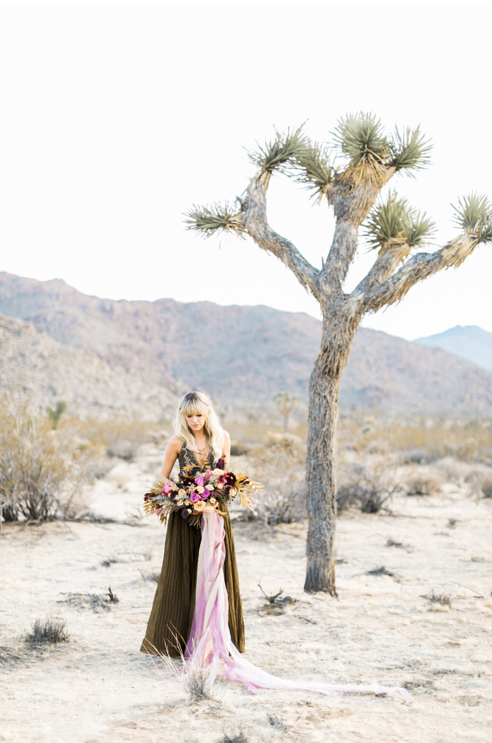 Joshua-Tree-Wedding-Natalie-Schutt-Photography-100-Layer-Cake_14.jpg