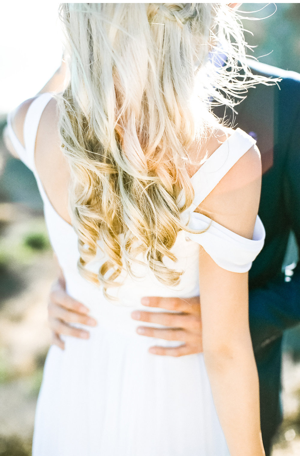 Style-Me-Pretty-Malibu-Wedding-Natalie-Schutt-Photography_04.jpg