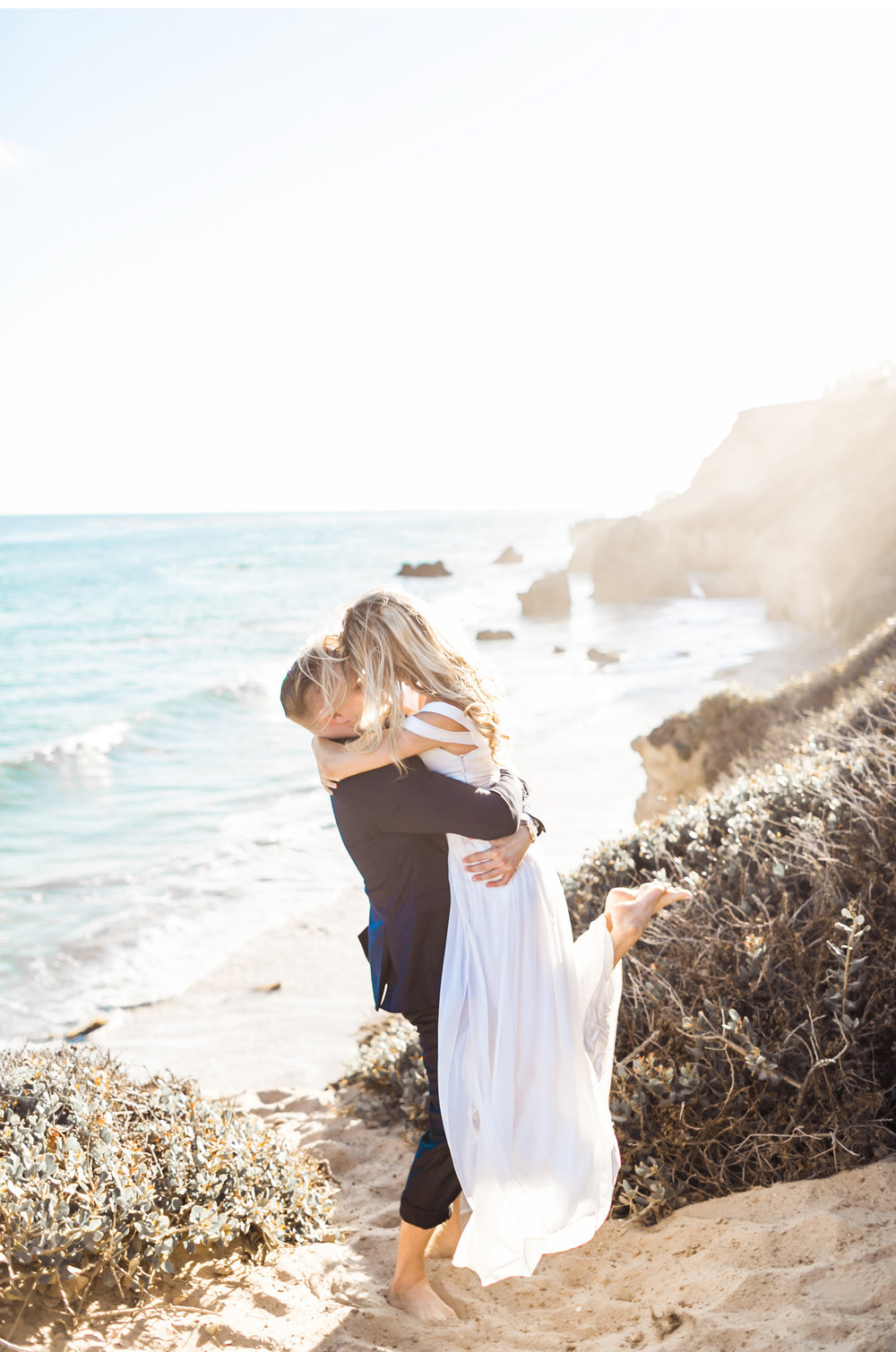 Style-Me-Pretty-Malibu-Wedding-Natalie-Schutt-Photography_07.jpg