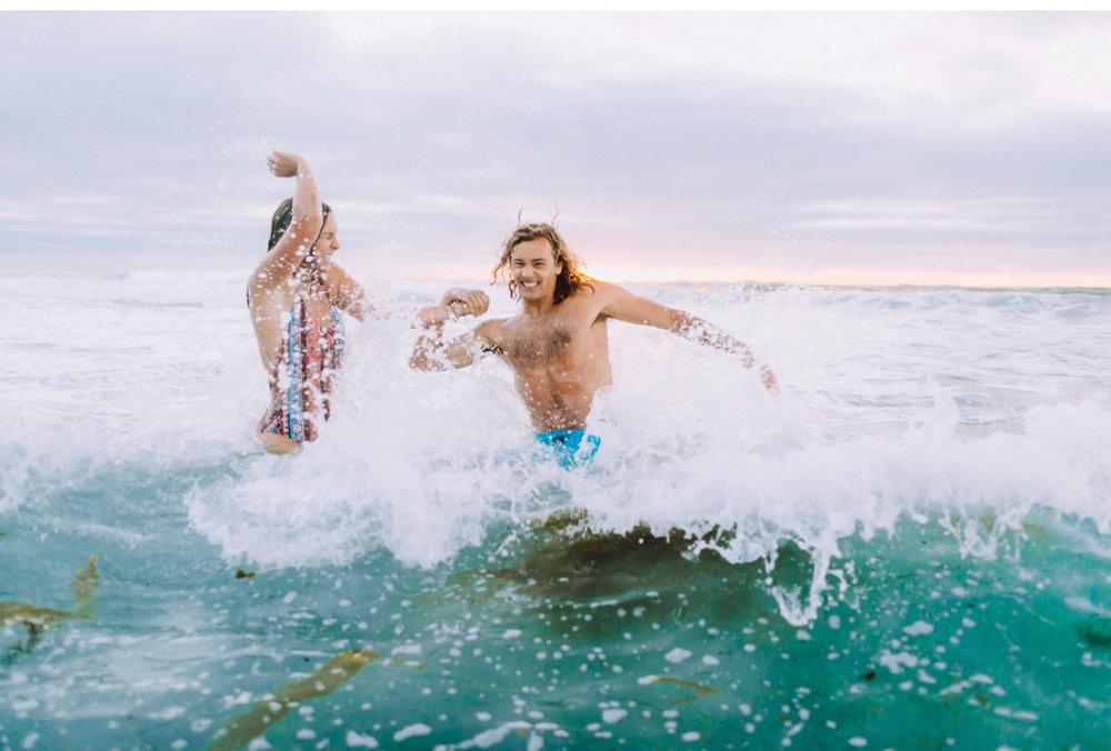 Natalie-Schutt-Photography-California-Surf-Style-Me-Pretty-Wedding_10.jpg