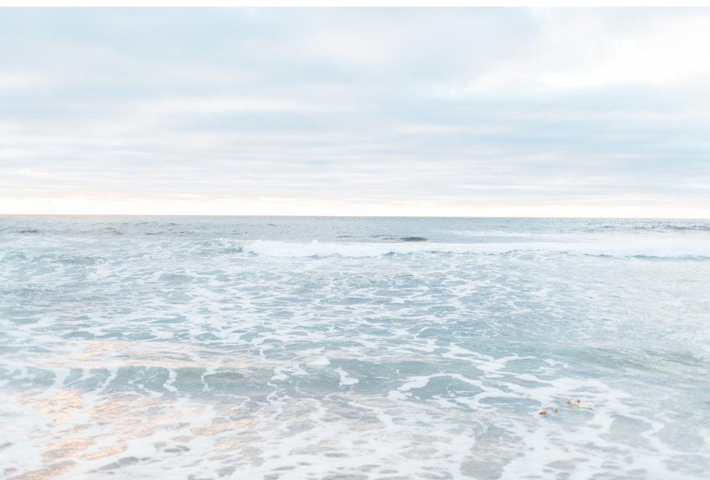 Natalie-Schutt-Photography-California-Surf-Style-Me-Pretty-Wedding_19.jpg