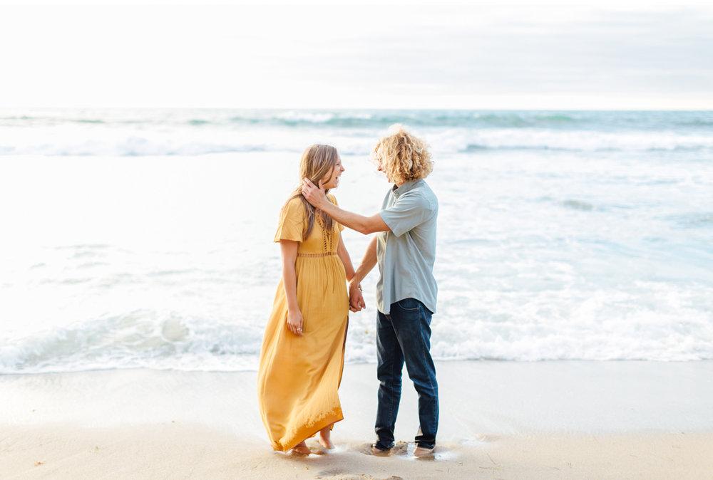 Style-Me-Pretty-California-Surf-Engagement-Natalie-Schutt-Photography_16.jpg