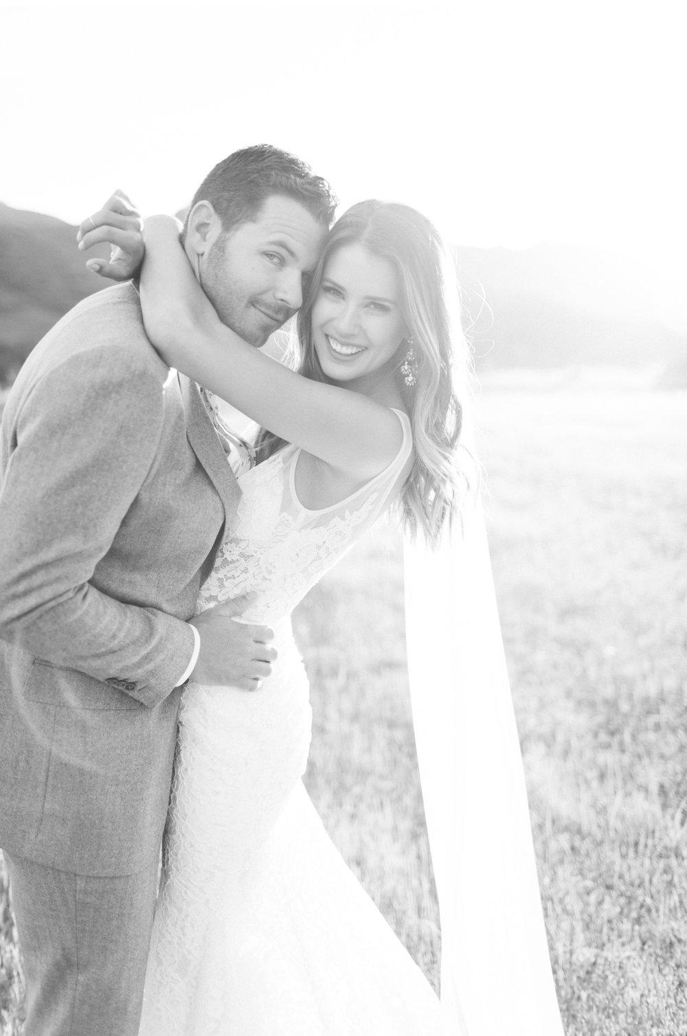 Triunfo-Creek-Malibu-Wedding-Photographer-Natalie-Schutt-Photography_20.jpg