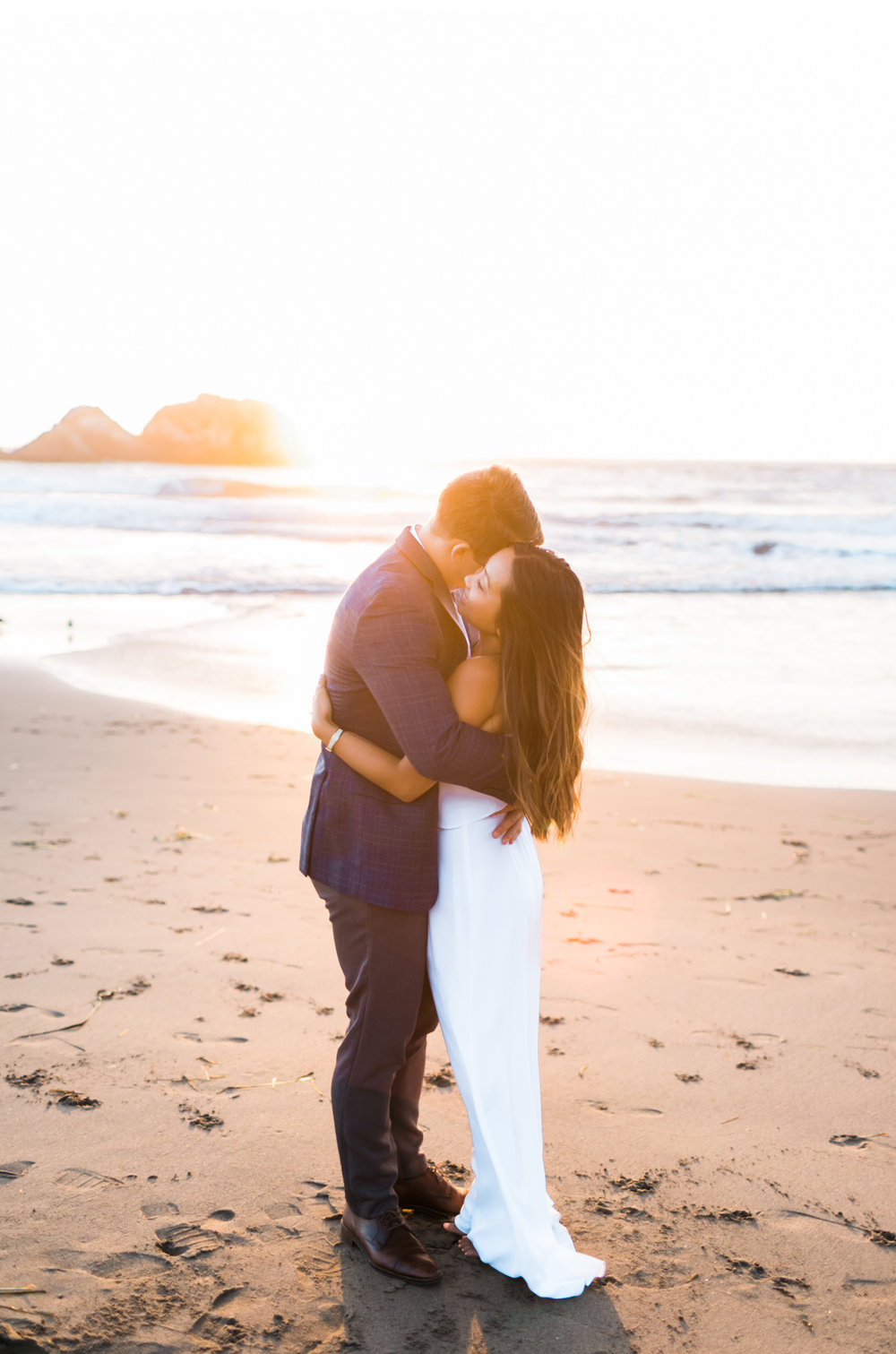 San-Fransisco-Wedding-Natalie-Schutt-Photography-Style-Me-Pretty_06.jpg