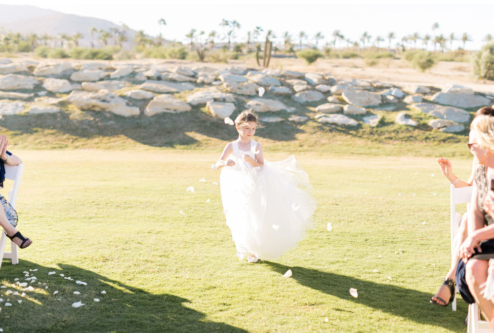 Style-Me-Pretty-Cabo-Wedding-Natalie-Schutt-Photography_12.jpg