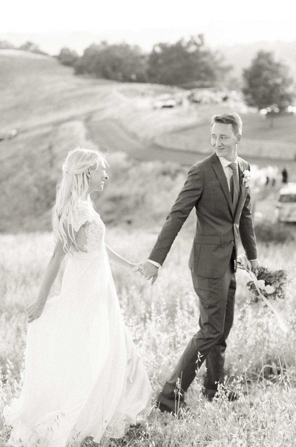 Style-Me-Pretty-California-Wedding-San-Luis-Obispo-Paso-Robles-Natalie-Schutt-Photography_15.jpg