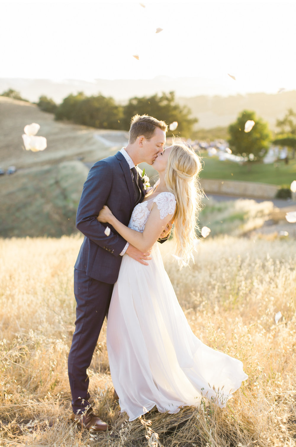 Style-Me-Pretty-California-Wedding-San-Luis-Obispo-Paso-Robles-Natalie-Schutt-Photography_19.jpg