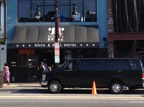 (photo: kribbean at 'Roll & Roll Hotel' via TripAdvisor)