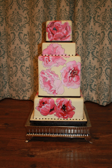 Taken from the Cake Couture Web-site. Have you ever seen anything so beautiful painted on a cake? Nope. You haven't.