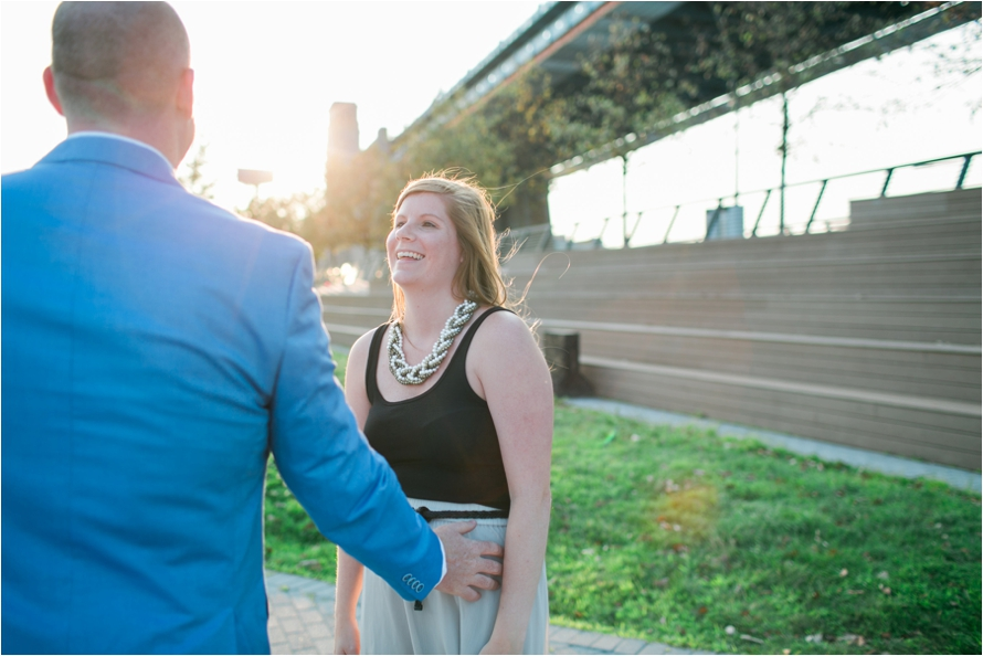 Race Street Pier Engagement Session | Philadelphia Engagement Photographer | Dani Dietz Photography