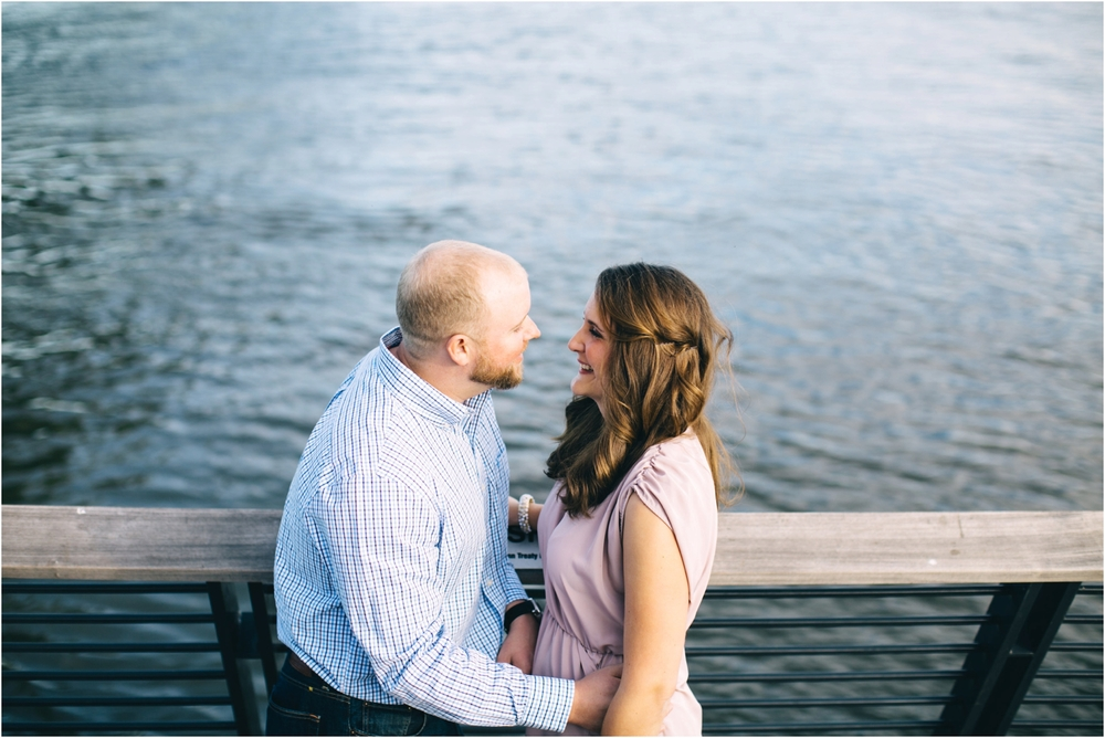 Philadelphia Engagement Photographer | Race Street Pier | Dani Dietz Photography