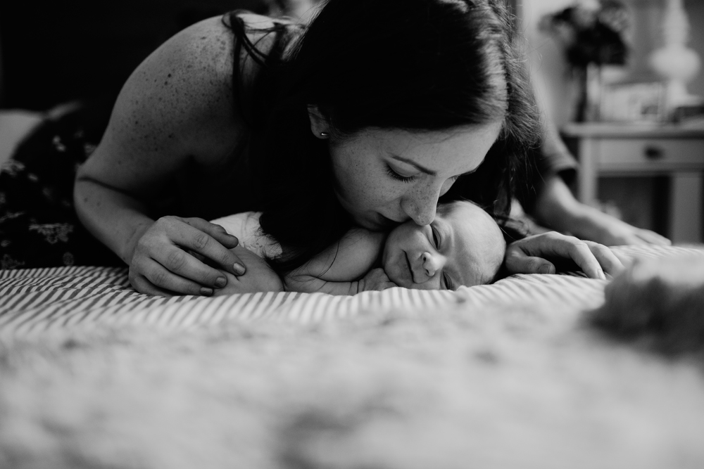 Philadelphia Newborn Photographer | Almond Photography | Fishtown Newborn Photographer