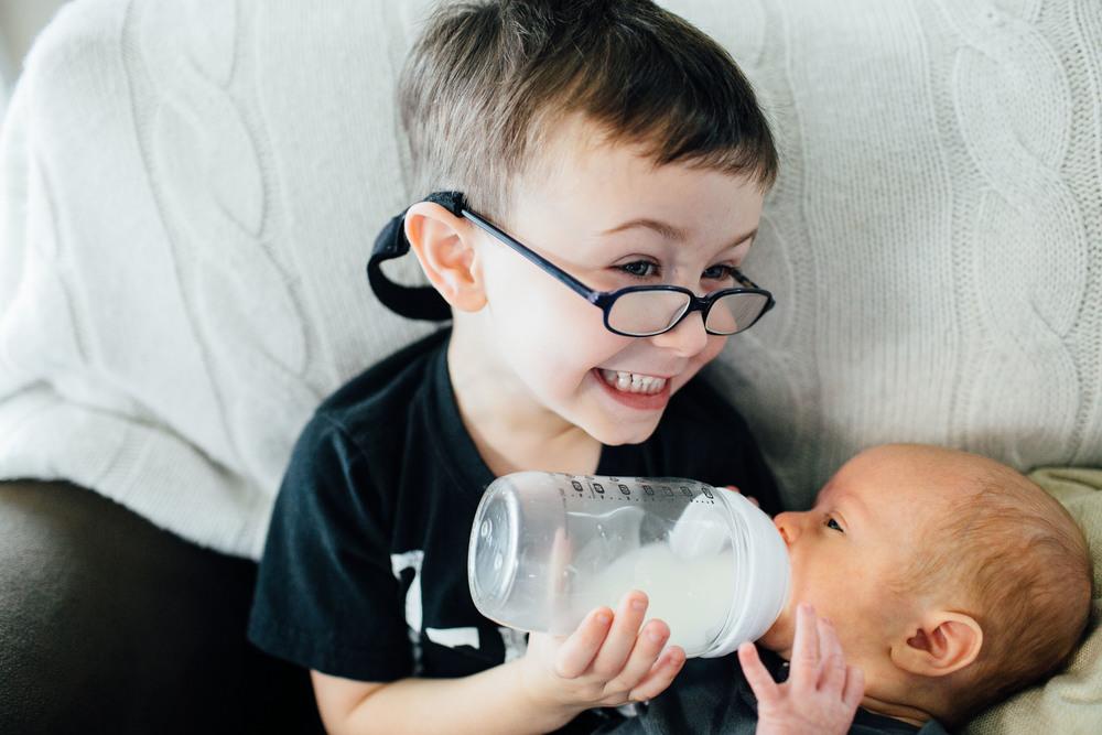 Philadelphia Lifestyle Photographer | Almond Photography | Family Photographer