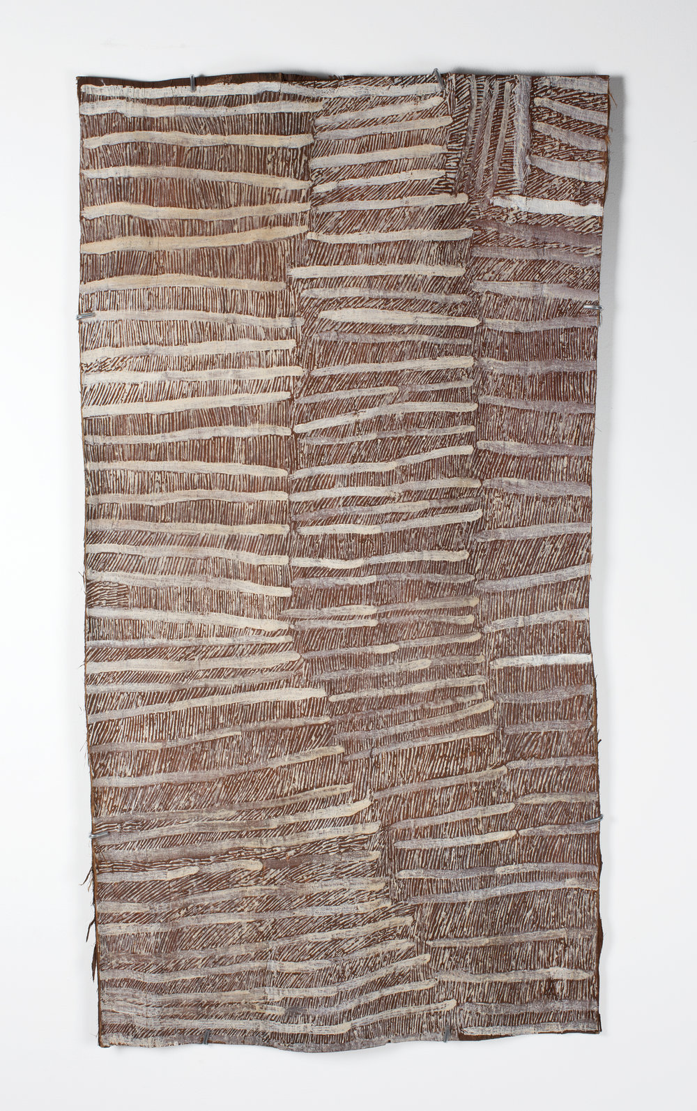Nyapanyapa Yunupingu,Untitled, 2016, bark painting, 122 x 64 cm. Courtesy the artist and Roslyn Oxley9 Gallery, Sydney.