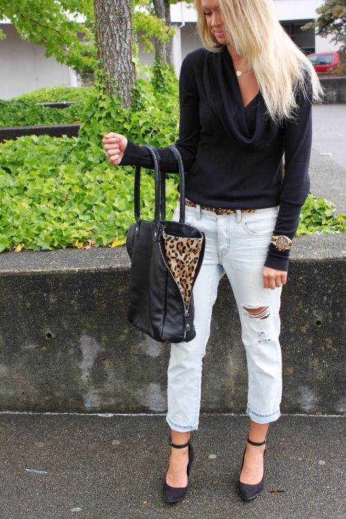 Boyfriend Jeans //  American Eagle Shoes // Old but similar here (and also featured in this post) // Cowl Neck Top // Splendid Handbag // Old, love this one Watch // Michael Kors