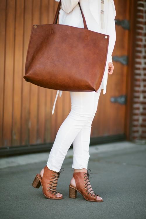 www.xxkarlierae.com   free people bag & shoes