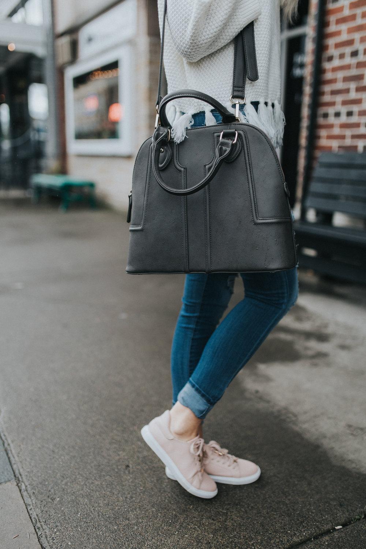 Sole Society Handbag | TopShop sneakers | @karlierae