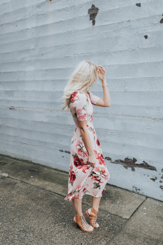 Shop KarlieRae floral midi dress @karlierae @shopkarlierae