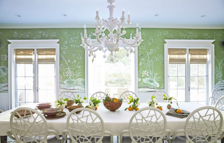Color-of-the-Year-2017-by-Pantone-is-Greenery-dining-room-768x491.jpg