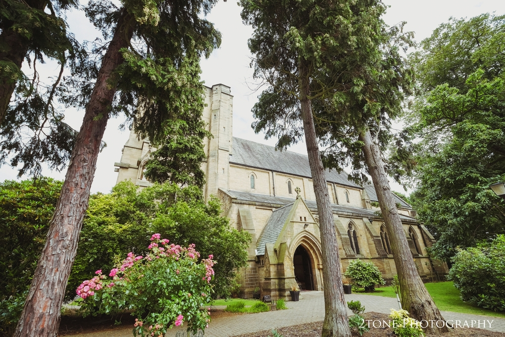 Off to North Gosforth for the ceremony at the Sacred Heart Church, tucked away behind high stone walls and surrounded by trees, a gorgeous setting for a wedding.