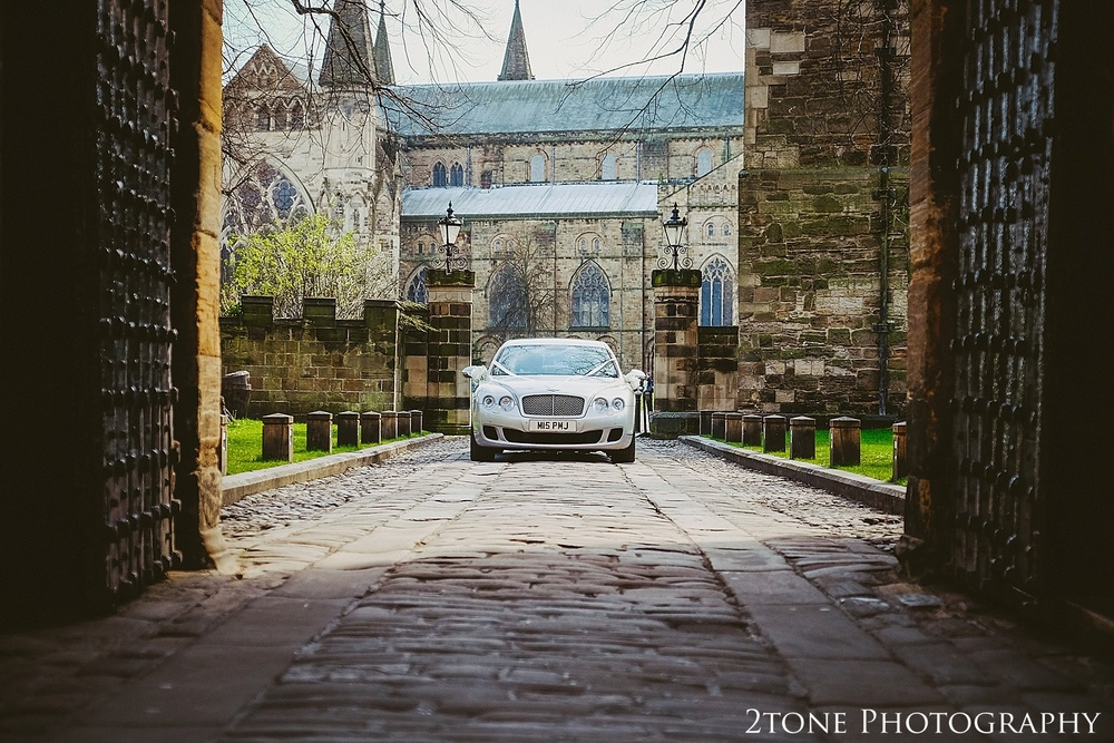 Arriving to Durham Castle.  Durham Castle wedding Photography by Durham and Newcastle wedding photographer www.2tonephotography.co.uk