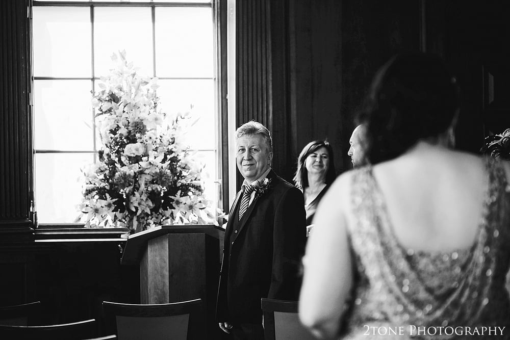 The first look.  Wedding Photography at the Lothian Chambers in Edinburgh by 2tone Photography