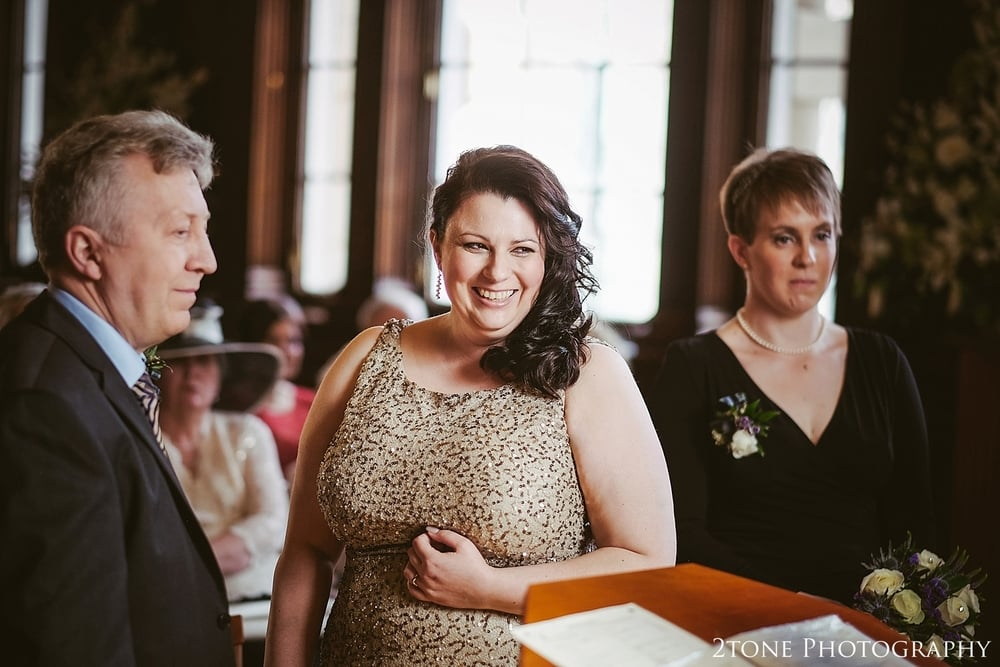 Wedding Photos in Scotland.  Wedding Photography at the Lothian Chambers in Edinburgh by 2tone Photography