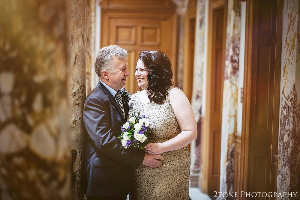 Beautiful natural wedding photography at the Lothian Chambers in Edinburgh by 2tone Photography