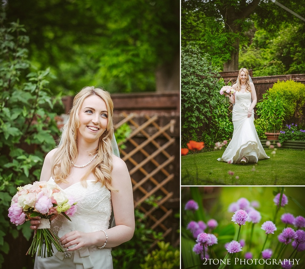 The bride by www.2tonephotograhy.co.uk