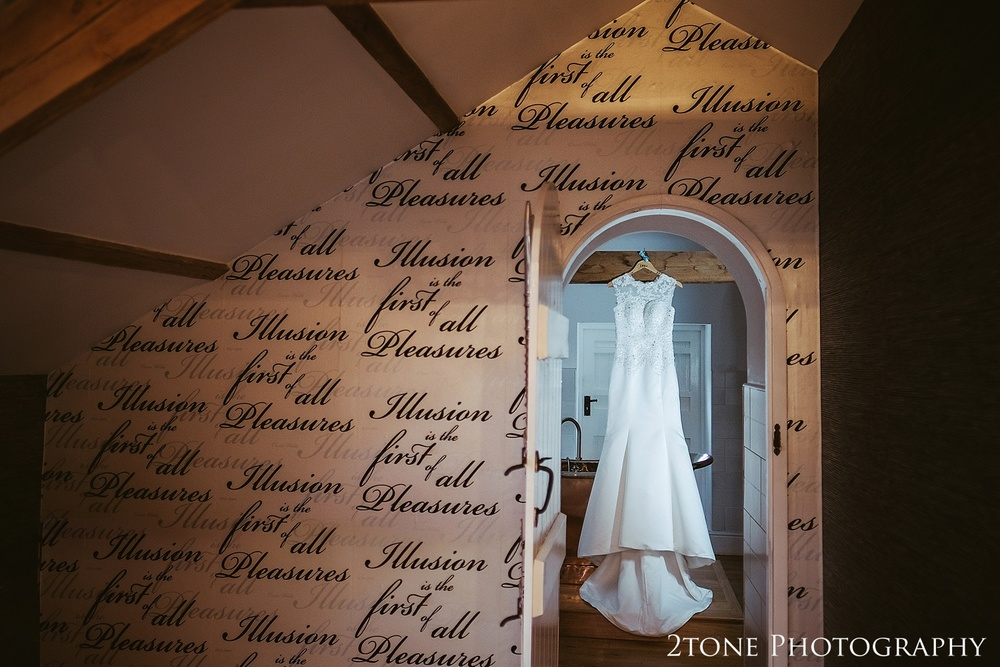 Weddings at Woodhill Hall.  Wedding photography in Northumberland by www.2tonephotography.co.uk