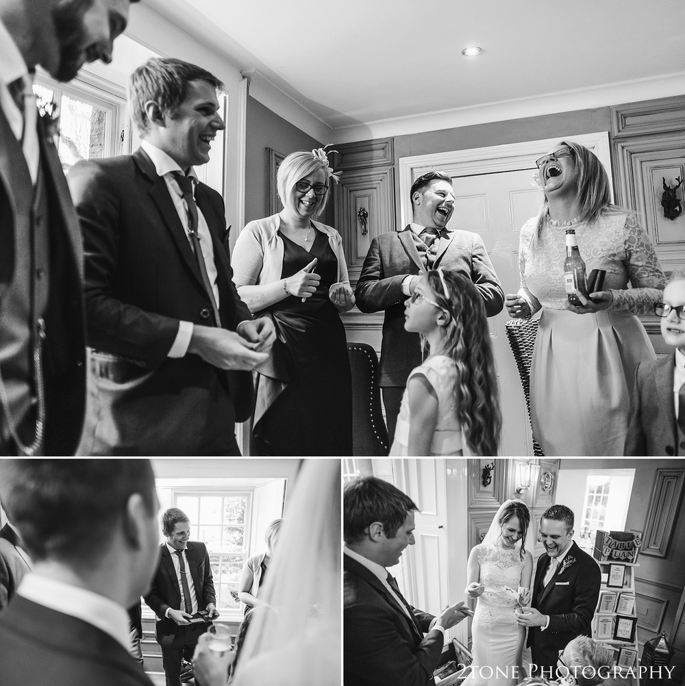 Wedding magician Chris Cook at Woodhill Hall.  Wedding photography in Northumberland by www.2tonephotography.co.uk