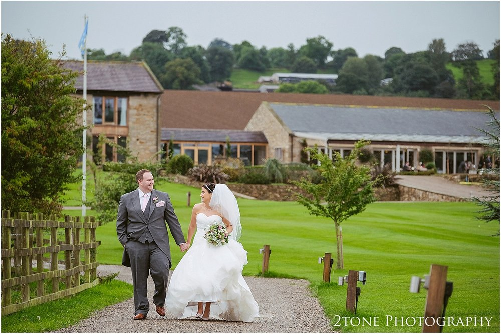 The Yorkshire wedding barn 066.jpg