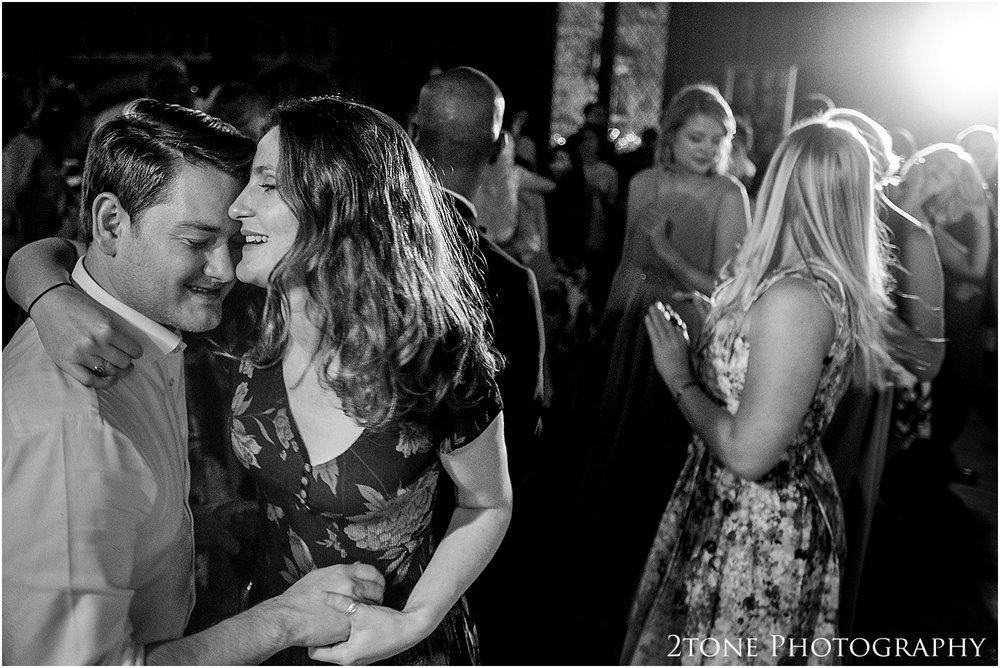 Durham-Castle-wedding-Laura-James 110.jpg