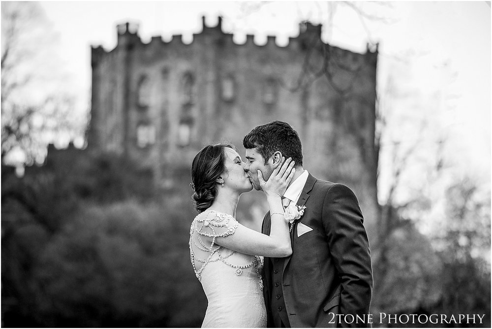 Durham-Castle-wedding-Laura-James 102.jpg