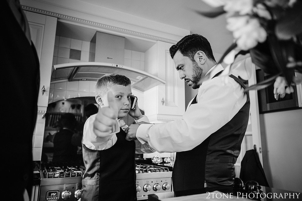 Healey Barn wedding photography 015.jpg