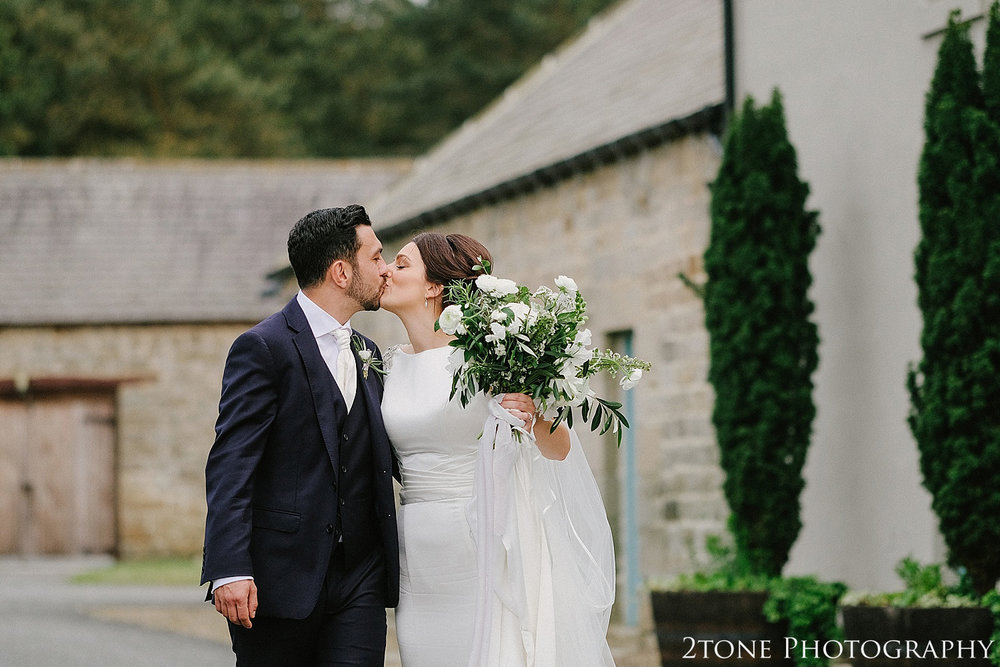 Healey Barn wedding photography 091.jpg