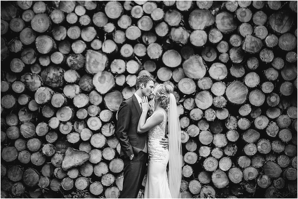 Healey Barn wedding by www.2tonephotography.co.uk 108.jpg