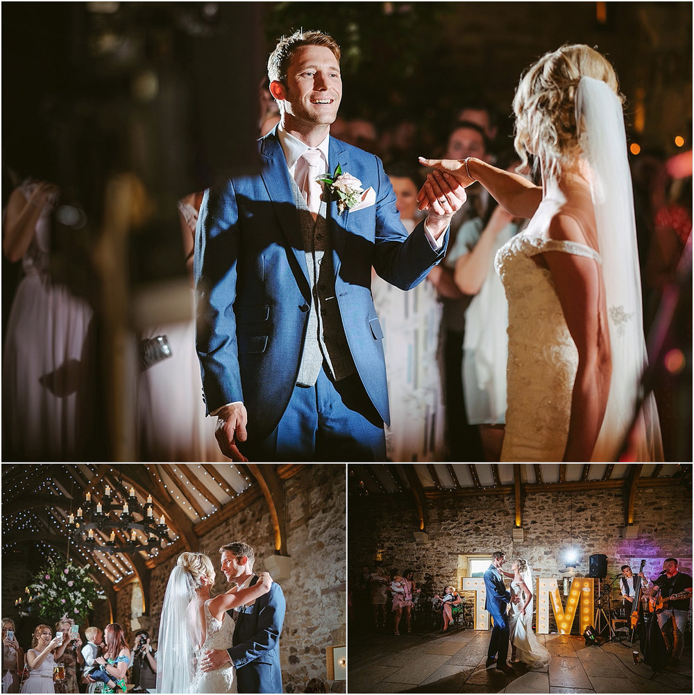 Healey Barn wedding by www.2tonephotography.co.uk 116.jpg