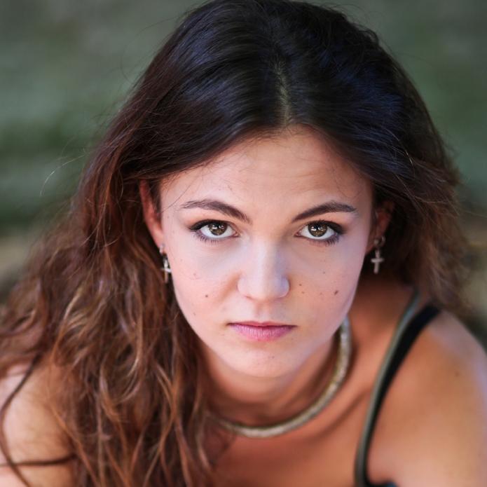 """Giulia Anchisi in """"SOLE CUORE AMORE"""" di Vicari"""