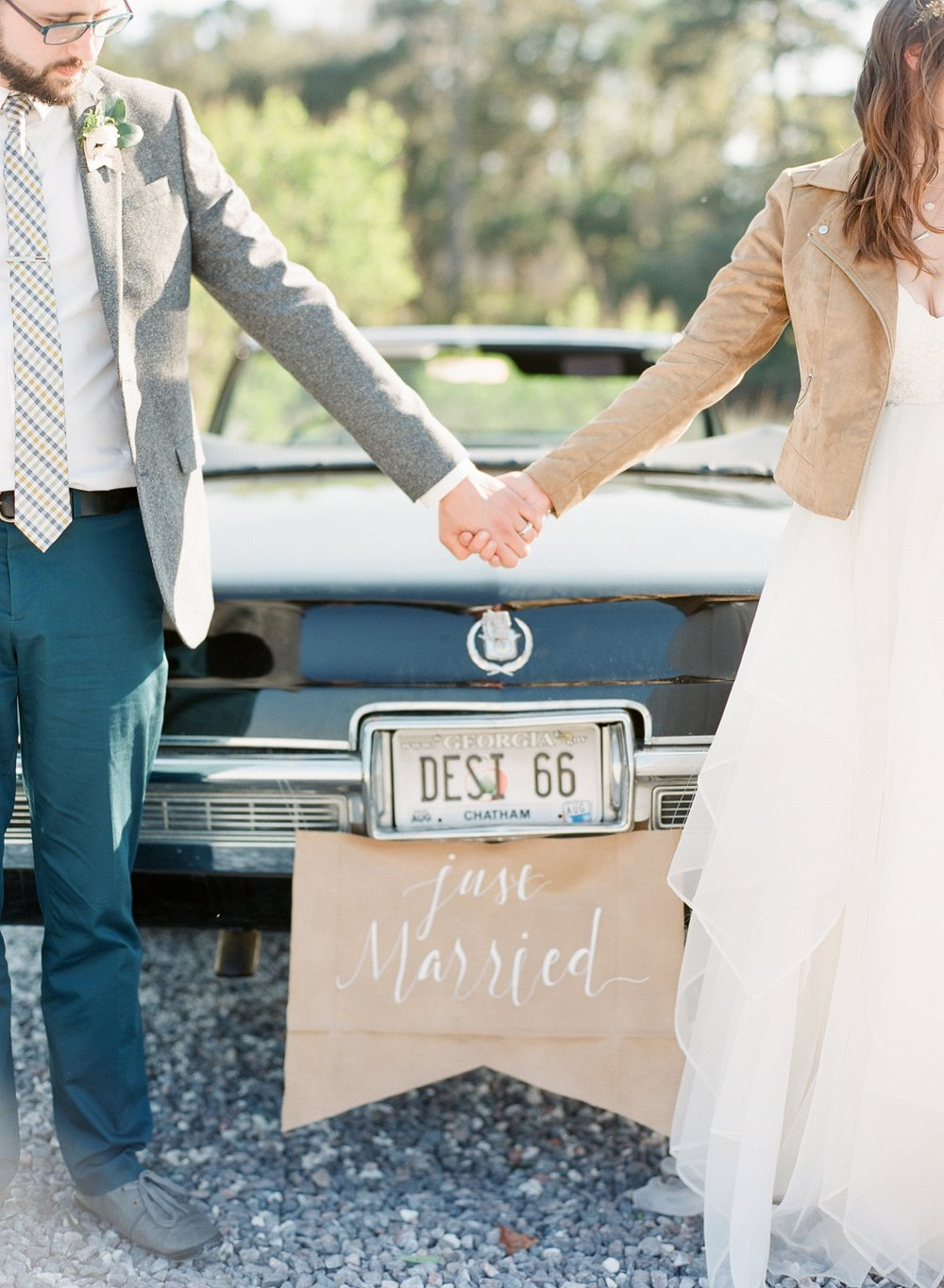 Rustic Savannah Wedding_0019.jpg