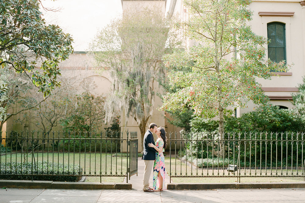 Classic-Savannah-Engagement-Photo.jpg