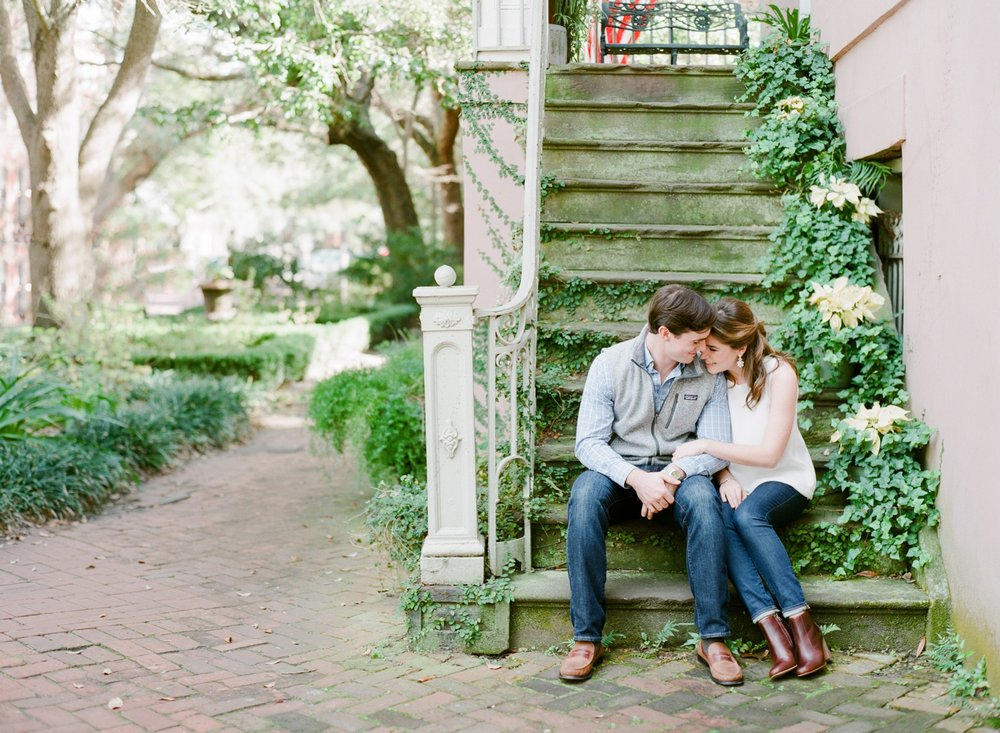 Jones-Street-Engagement-Session-Savannah_0049.jpg