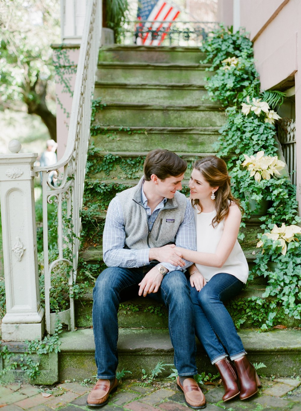 Jones-Street-Engagement-Session-Savannah_0058.jpg