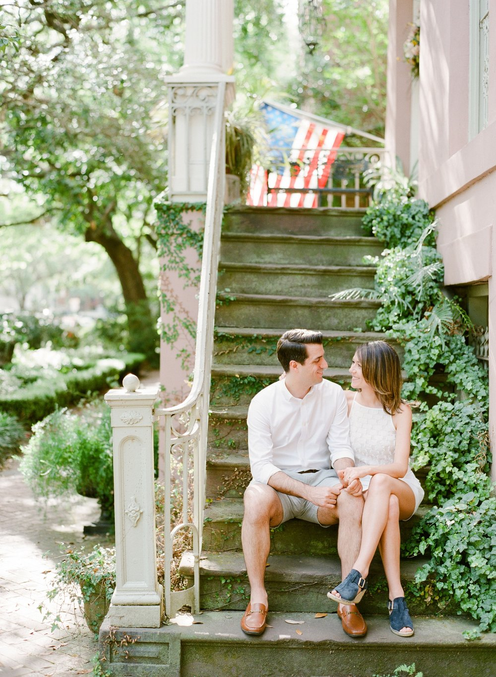 Downtown-Savannah-Georgia-Engagement-Session-By-The-Happy-Bloom_0089.jpg