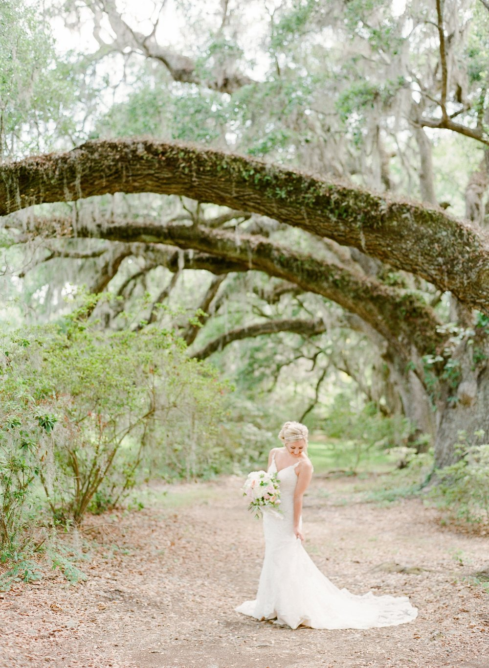 Magnolia-Plantation-Bride-Groom-Photos_0008.jpg