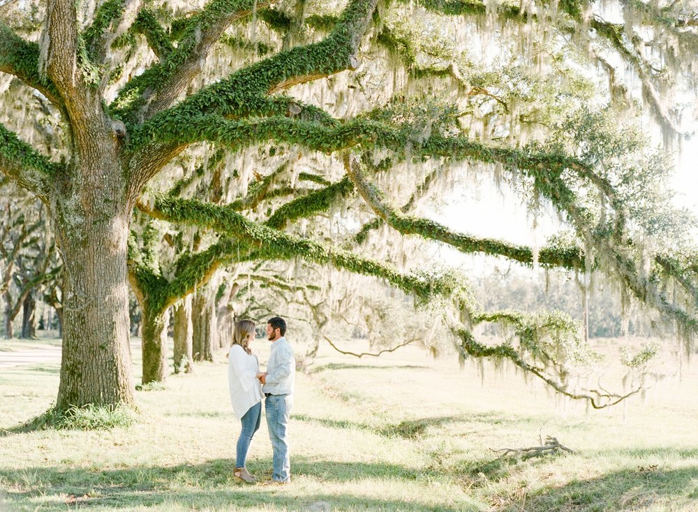Wormsloe-Engagement-Session_0033.jpg