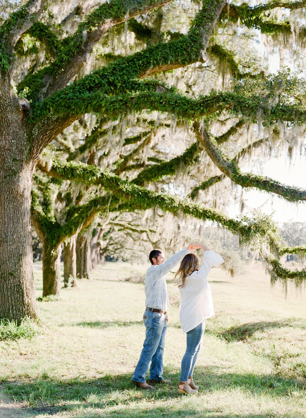 Wormsloe-Engagement-Session_0048.jpg
