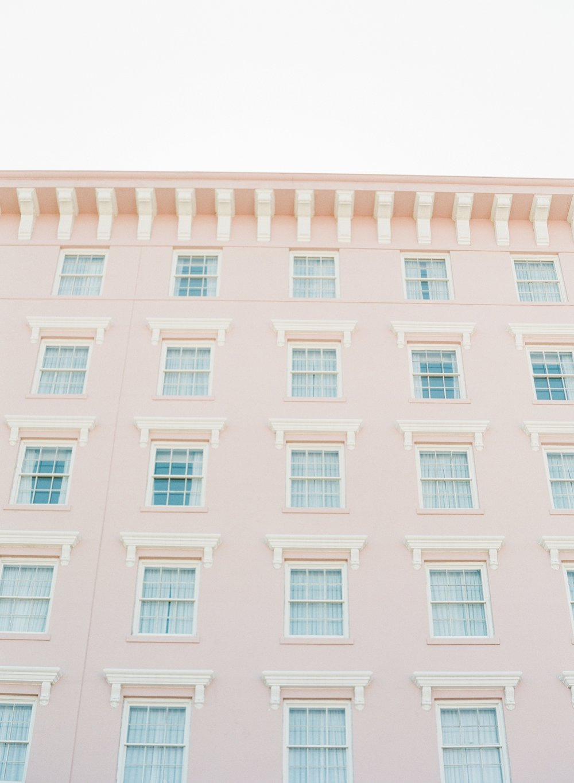 Downtown-Charleston-Wedding-Photographer_0122.jpg